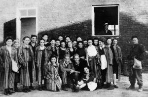 5 sierpnia 1944 Batalion Zośka wyzwolił Gęsiówkę | Polacy Odbijają Żydów | AtamanShop.pl