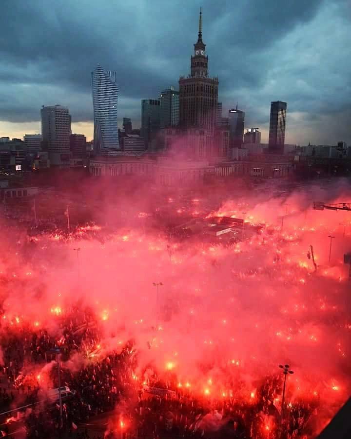 11 listopada Narodowe Święto Niepodległości POLSKA ! Odzyskanie przezPolskę niepodległości !   AtamanShop.pl